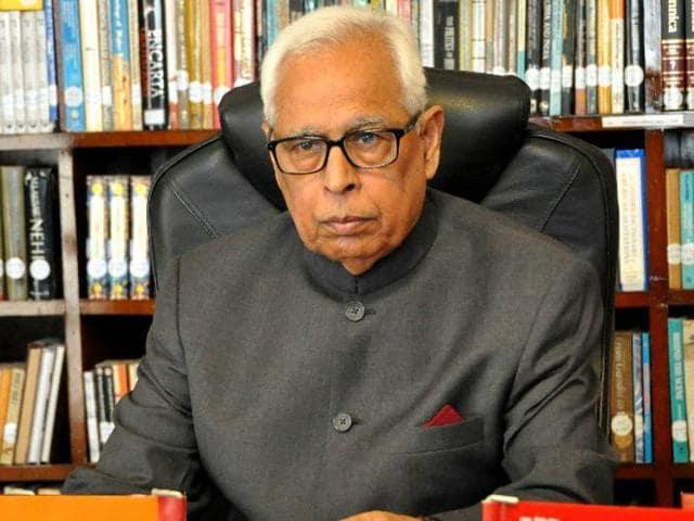 J-K governor NN Vohra urged the Centre to bring Jammu and Srinagar under Smart Cities mission.