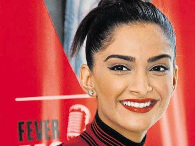 Bollywood,Sonam Kapoor,Neerja