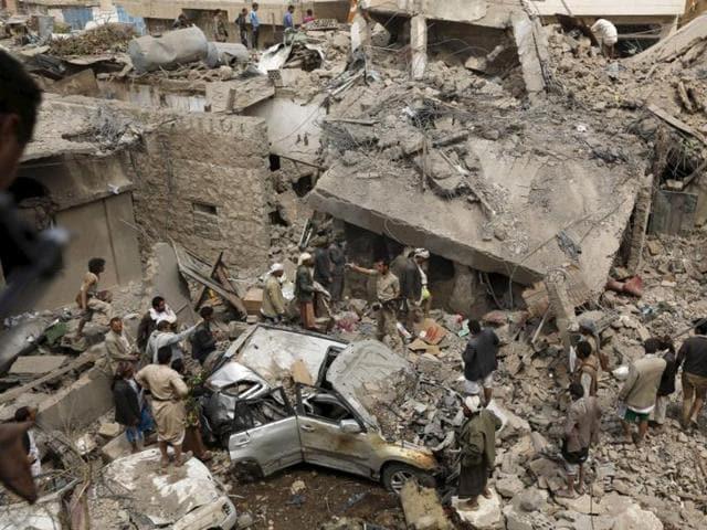 Islamic State,Yemen camp,Suicide bomber