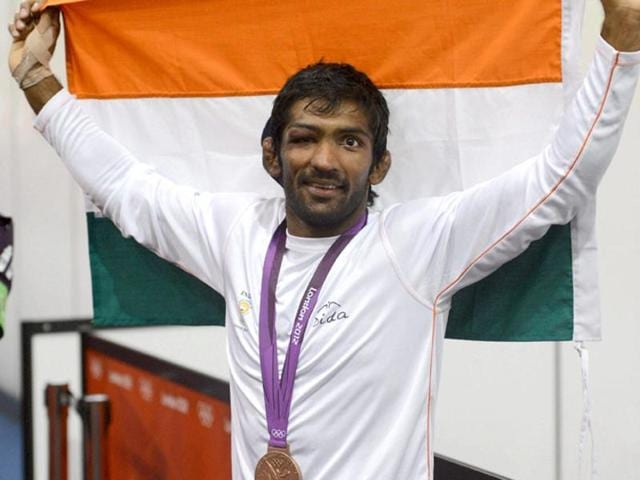 Indian wrestler Yogeshwar Dutt with his bronze medal during the medal ceremony of Men's 60 kg freestyle event at the 2012 Olympics.