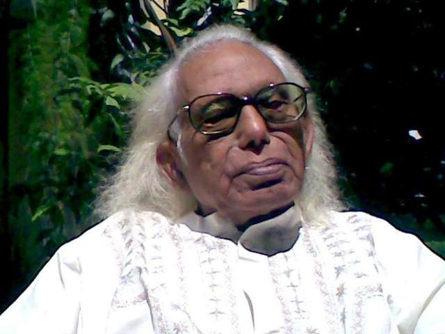 Suffering from old-age related ailments, Ustad Abdul Rashid Khan fell sick in the morning and was rushed to a hospital where he breathed his last, family said.