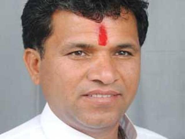 BJP legislator Kailash Choudhary Congress vice-president Rahul Gandhi should be shot or hanged for siding with those who shouted anti-India slogans at JNU.