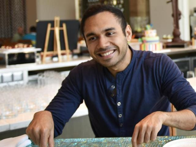 Chef and TV show host Saransh Goila is obsessed with butter chicken. He plans to home-deliver his 'guilt-free' version, and put it in pizzas and sandwiches(Photo: Aalok Soni/ HT)