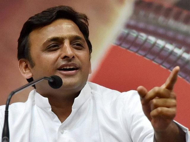 The 42-year-old leader is increasingly using his personal handle @yadavakhilesh – with 837,000 followers – and official account @CMOfficeUP to announce compensation cheques or gifts to victims.