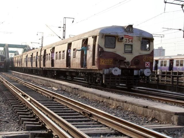 Central Railway will install infrastructural facilities to accommodate 12-car trains on the harbour line at CST and it plans to run 12-car service in phases from May.