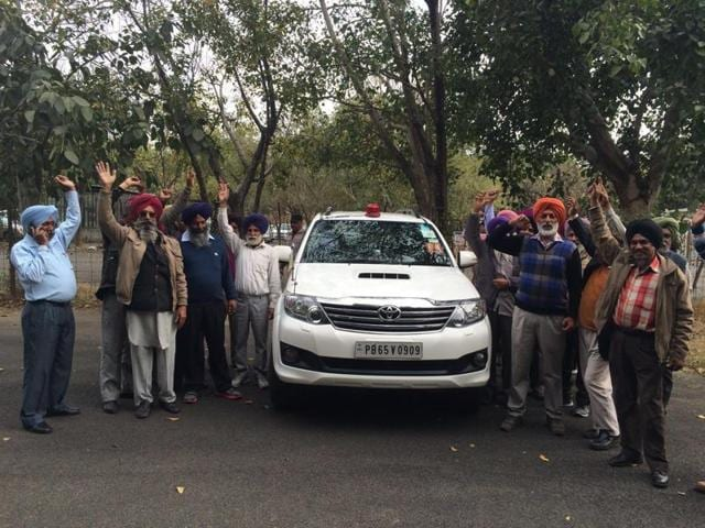 The drivers' welfare association of civil secretariat and mini-secretariat — attached with ministers/ bureaucrats— go on indefinite  strike in Chandigarh.