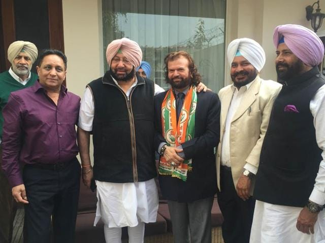 On Saturday Hans Raj Hans joined Congress in presence of Capt. Amarinder Singh.