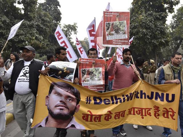 JNU students, professors and CPI party members protest for the release of JNUSU president Kanhaiya Kumar in New Delhi.