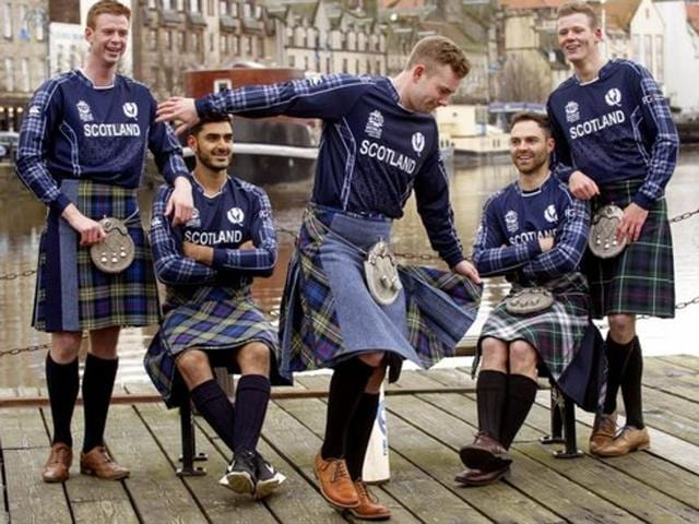 Scottish cricket team hopes to beat Indian summer with hot yoga.