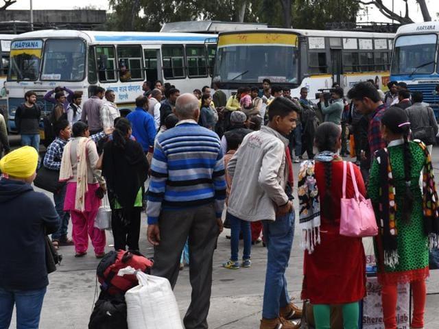 HRTC,Haryana Jat row,buses en route Haryana