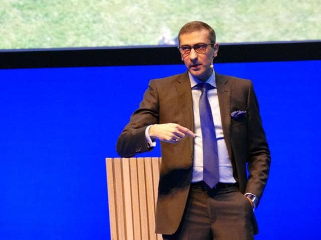Nokia's CEO Rajeev Suri said during a Nokia press event at MWC 2016 that 5G will arrive much earlier than we think. Announces the launch of Nokia's new 5G radio access solution to make his point