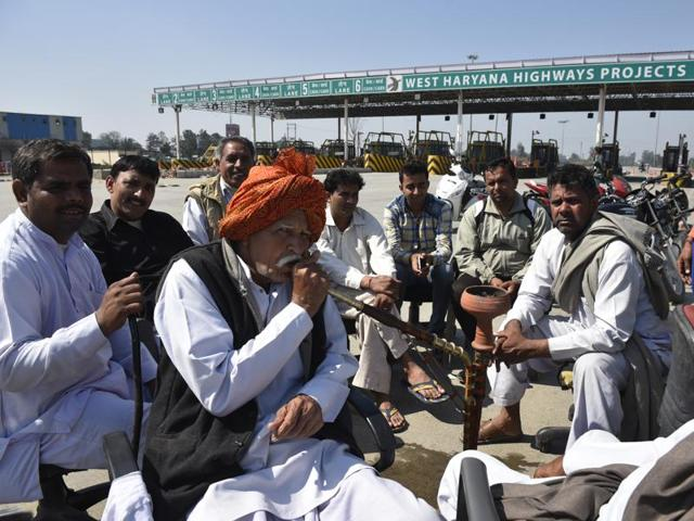 Jat protesters block the road at Shapla village.