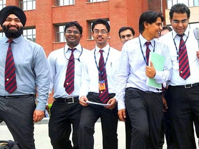 Average salaries offered during placements at top B-schools in Mumbai have witnessed a marginal increase this year.