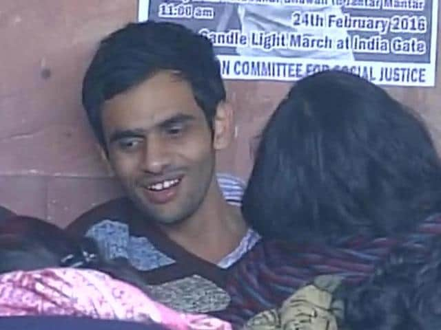 Umar Khalid and four other JNU students facing charges of sedition returned to the campus on Sunday night.(ANI Photo)