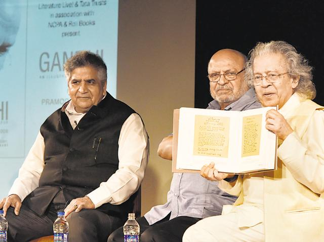(From left) Pramod Kapoor, Shyam Benegal and Anil Dharker at the book launch of Gandhi: An Illustrated Biography at the NCPA.