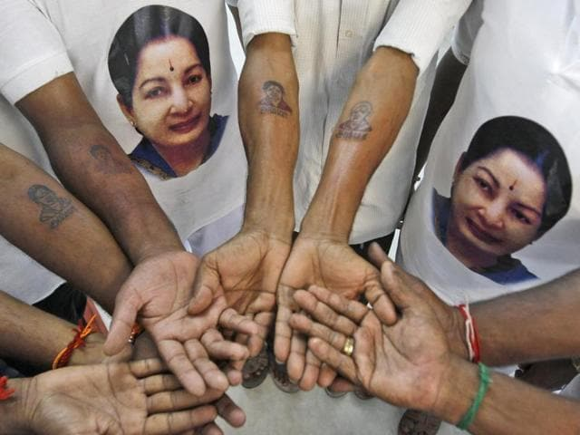Bhakts and party cadres kick started the week-long celebrations of Tamil Nadu's chief minister J Jayalalithaa birthday.