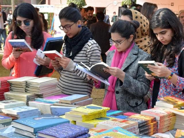 Pakistani women browsing books at the Lahore Literary Festival in Lahore. Pakistan's literary scene is seeing a spirited revival with packed festivals attracting tens of thousands defying security threats in a growing cultural renaissance.