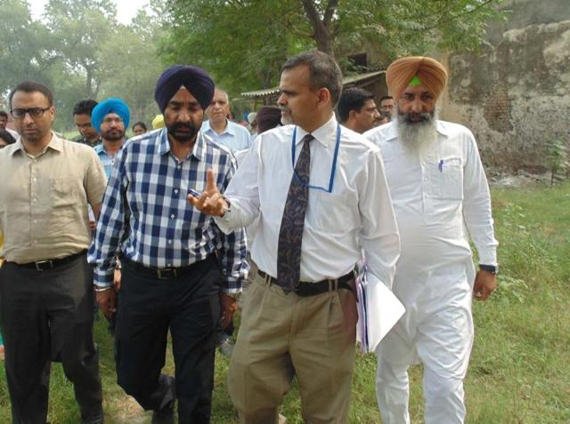 A team from PGI visiting the site proposed for setting up of a 100-bed PGI satellite centre at Ferozepur.