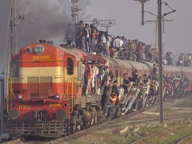 Indian Railways, the world's fourth largest in terms of network, is a lifeline for the 13 million people who use it every day.(Sakib Ali/HT Photo)