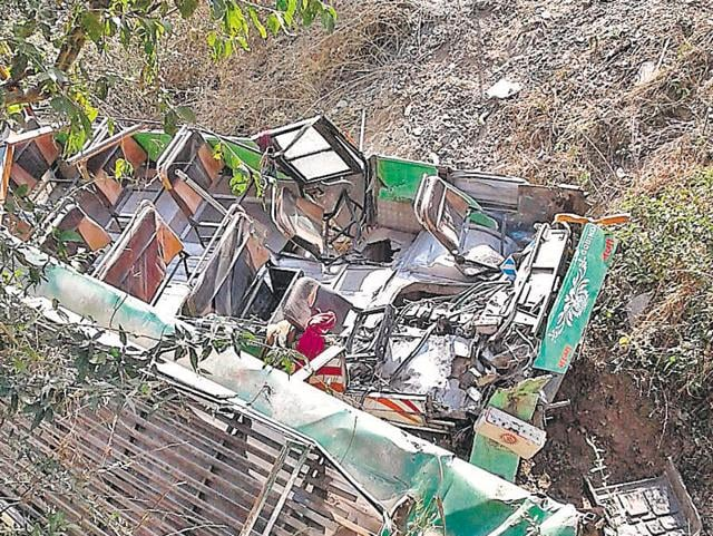 The bus was on its way to Habban from Solan. Those killed have been identified as Parbhu Ram (58), Sheela (60), Sonu (30), Vidhya Devi (57), Shakuntla Devi (58), Akhil Kumar (24), Sada Nand (55) and Ronni.