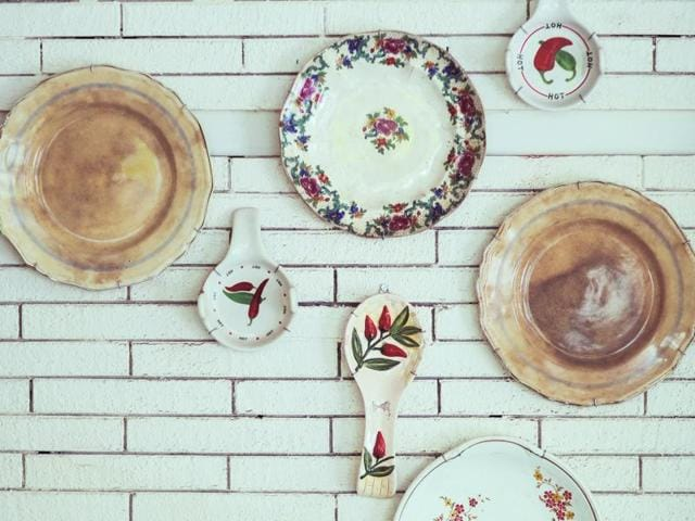 Good riddance to grunge, exposed walls and filament bulbs. Chic and vintage decor is the next big thing.
