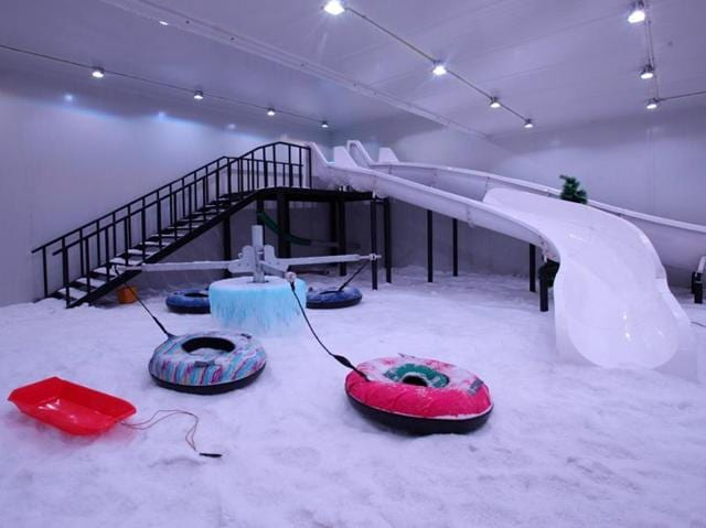 Smaaash, Lower Parel, has a 4,000 sqft playground of snow.