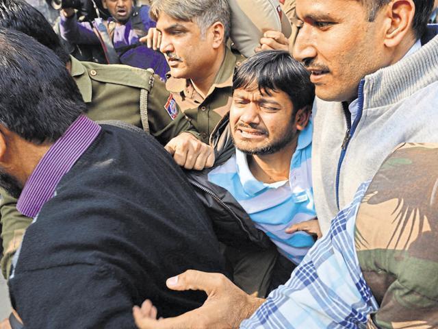 Lawyers clash among themselves at Patiala House Courts where JNUSU president Kanhaiya Kumar was produced on February 17
