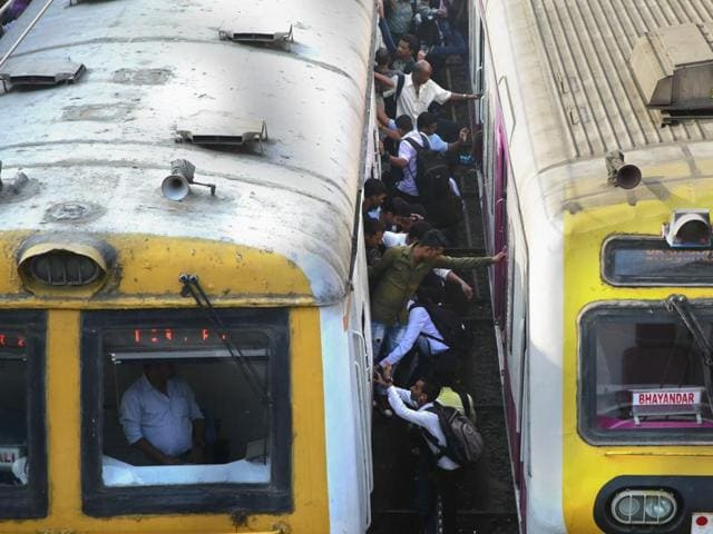 Mumbai,Local trains,Rail Budget