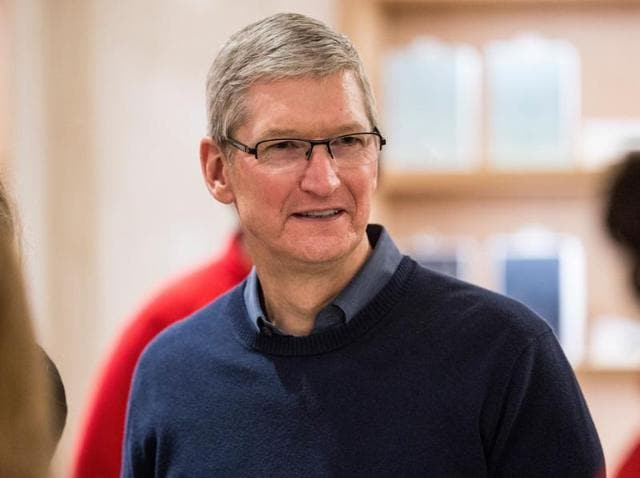 Tim Cook,Apple vs FBI,iPhone FBI encryption