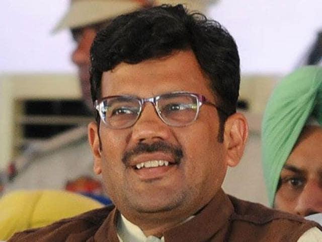 Kamal Sharma.
