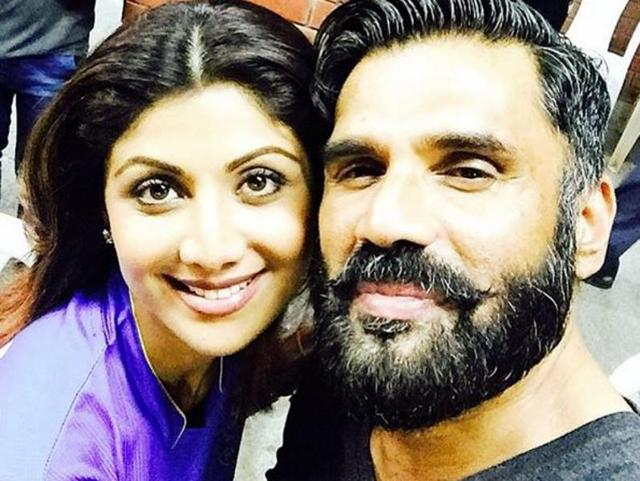 Shilpa Shetty and Suniel Shetty just had a small Dhadkan ...