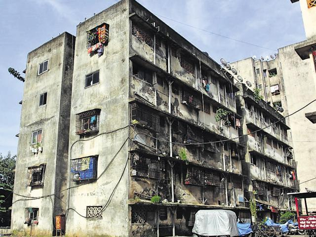 Dilapidated buildings in Thane will be redeveloped. The city has 2,566 identified dangerous buildings with 3.3 lakh residents who will now be covered in the policy.