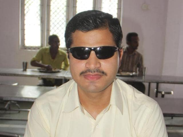 visually impaired radio jockeys,Gitesh Gehlot,Shyaam Sharma