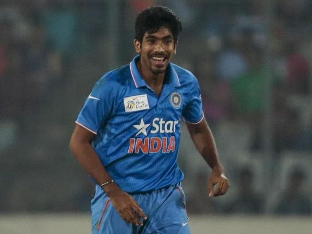 Hardik Pandya picked the important wicket of Pakistan veteran batsman Shoaib Malik in Mirpur.