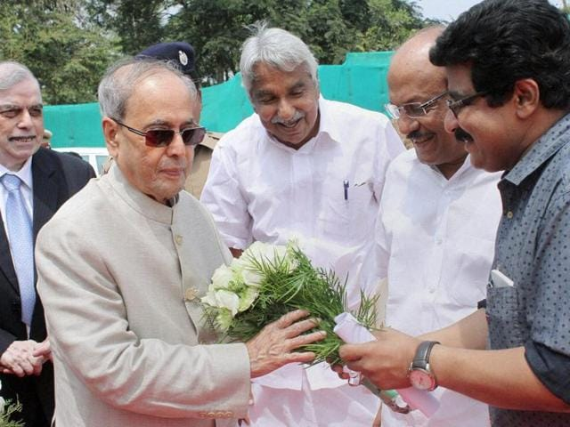 President Pranab Mukherjee at Kozhikode's UL Cyber Park where he announced Kerala's digital accomplishment. He is greeted by governor P Sathasivam and CM Oommen Chandi and others.