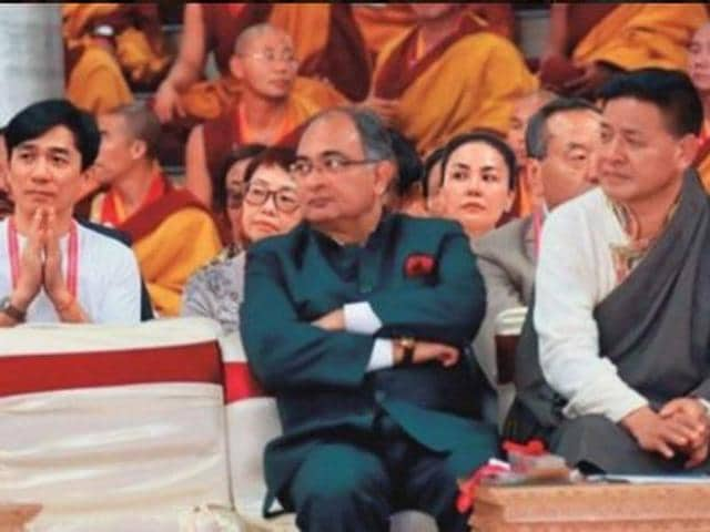Chinese superstar Tony Leung, singer-actor Faye Wong and Hu Jun were slammed by the state media for their presence with Tibetan officials for a function in Tibet