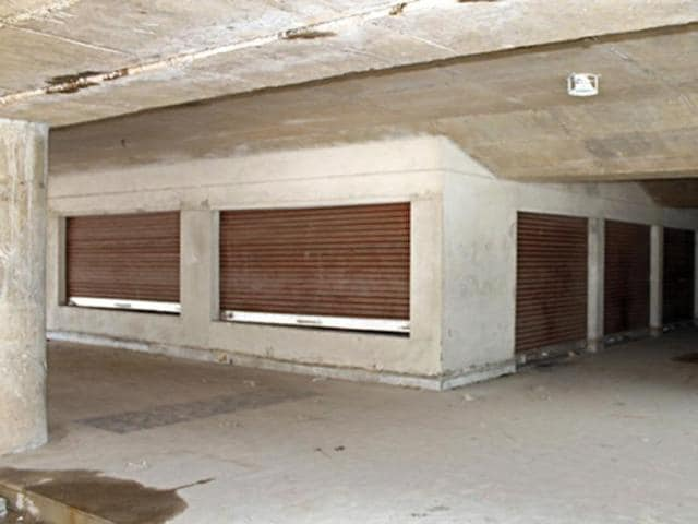 Booths under the Sector-17 overbridge are lying vacant.