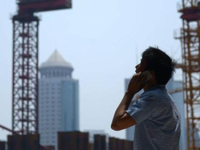 The Delhi High Court in a ruling makes it mandatory for telecom operators to compensate subscribers for call drops