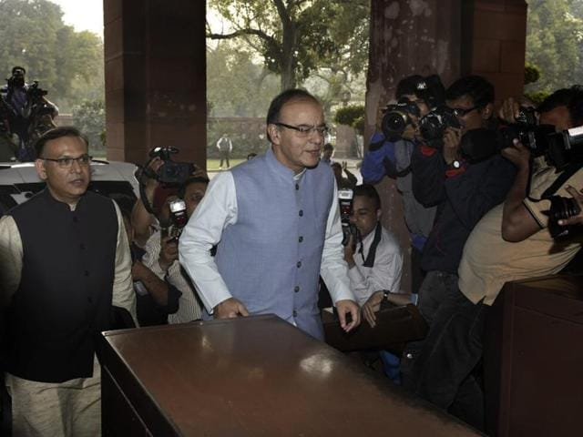 Union finance minister Arun Jaitley arrives at Parliament house in New Delhi to present general budget on Monday. (Photo by Mohd Zakir/Hindustan Times)
