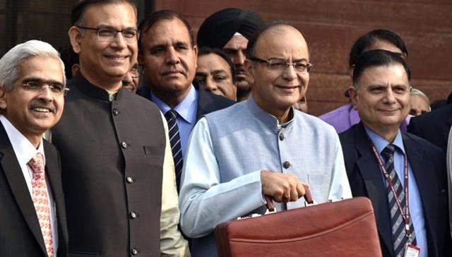 Union Finance Minister Arun Jaitley leaving from the finance ministry to present the General Budget at Parliament House in New Delhi on Monday.
