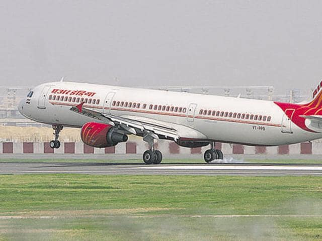 Fliers will have to spend more with the government proposing a hike of 6% in excise duty on jet fuel.(HT File Photo)