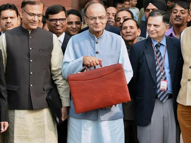 Finance Minister Arun Jaitley along with his budget team leave from North Block to meet President before presenting the Union Budget 2016-17.
