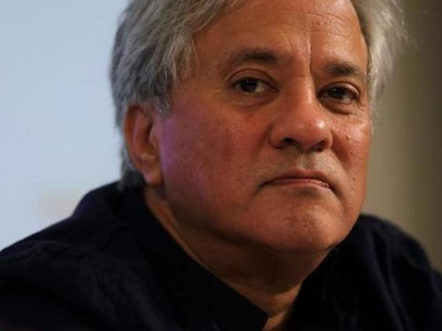 Anish Kapoor 'owns' new black colour; irks artists