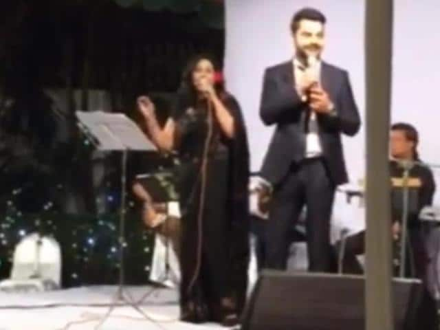 """A day after beating Pakistan in the Asia Cup Twenty20, India's batting linchpin Virat Kohli was seen singing the famous song """"Jo waada kiya wo nibhana padega"""" from the film 'Taj Mahal' that was originally sung by Lata Mangeshkar. Kohli shared a video of his musical performance at an Indian High Commission event in Dhaka on Sunday.The Indian batsman shared the stage with Bangladeshi singer Fahmida Nabi."""