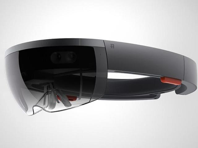 Microsoft,HoloLens,Windows 10
