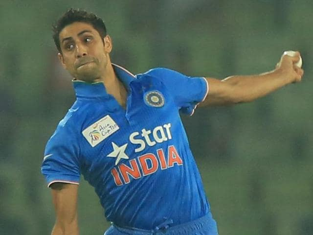 Indian cricketer Ashish Nehra delivers a ball during the match between India and Pakistan at the Asia Cup T20 tournament at the Sher-e-Bangla National Cricket Stadium in Dhaka on February 27, 2016.