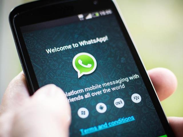 WhatsApp,iOS,Dropbox