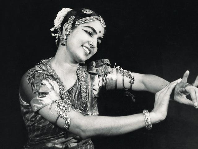 Rukmini Devi,Morarji Desai,Nehru