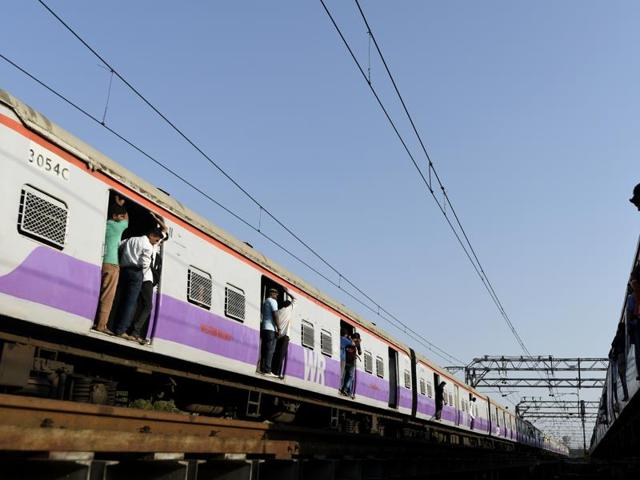 suspected thief was killed on board train