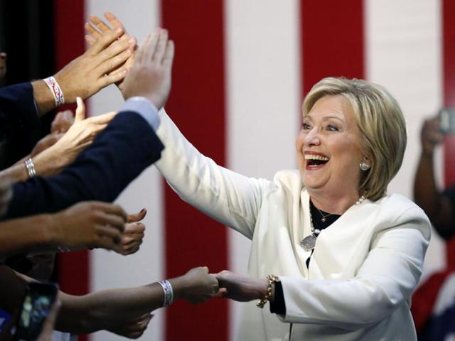 Hillary's supporters celebrate her Super Tuesday win